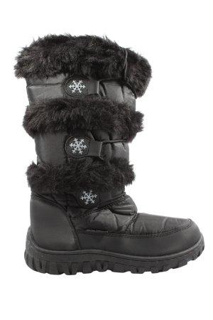 Botines de invierno negro look casual