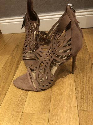 Unbenutzte high heels