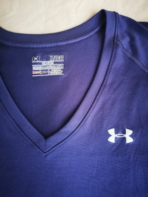 under Armour training shirt