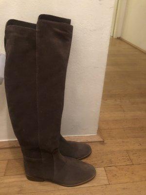 Ungetragene kniehohe Stiefel in taupe zu verkaufen!