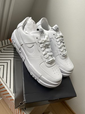 Ungetragene nike air force pixel 37,5