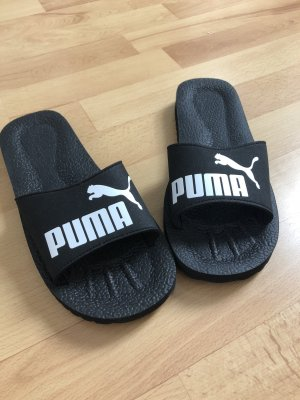 Ungetragene Puma Sandaletten