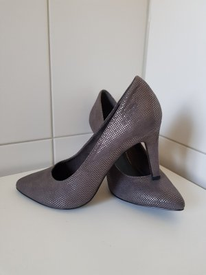 s.Oliver Classic Court Shoe multicolored leather