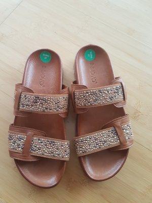 Ungetragene Sandalen von Inuovo