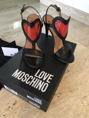 Ungetragene Schuhe von Love Moschino