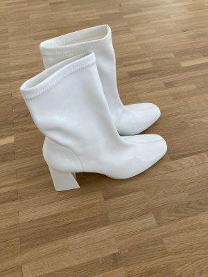 Bershka Booties white