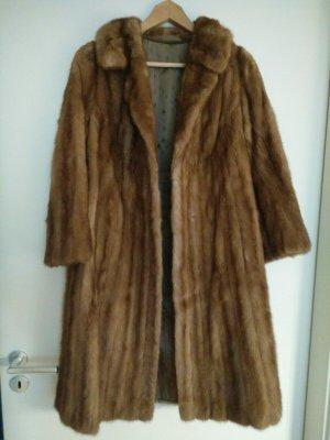 Manteau de fourrure marron clair-brun fourrure