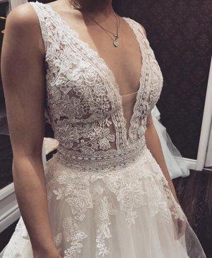 Ungetragenes Enzoani Lavender Brautkleid