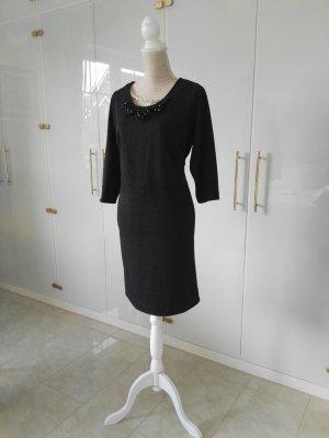 Amy Vermont Sukienka etui czarny-srebrny