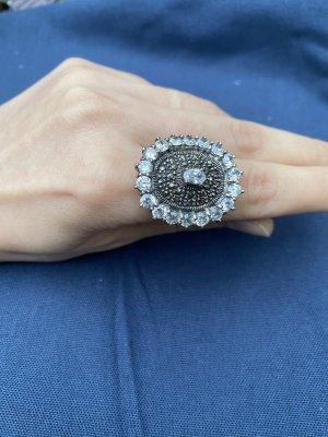 Unikal ring