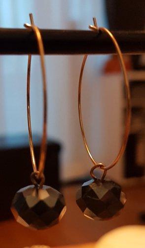Unikat - Goldfarbene Kreolen mit schwarzem Glasschliff-Stein (Selbstgemacht)