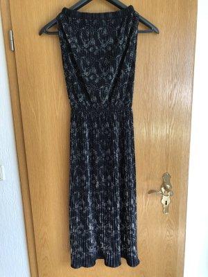 handmade unikat Ołówkowa sukienka czarny-srebrny