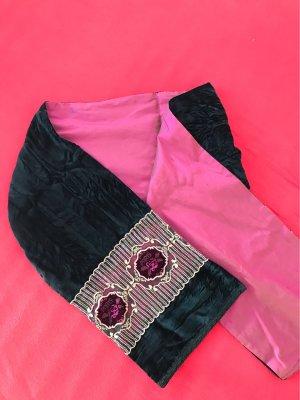 Unikat Schal aus schwarzen Samt und reiner Seide