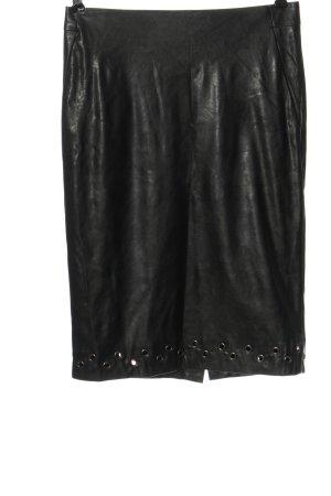 Uniqlo and Carine Roitfeld Jupe en cuir synthétique noir élégant