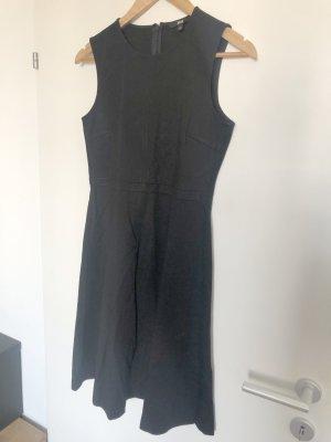 Uniqlo Kleid im Businessstil, knielang