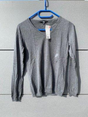 Uniqlo Langarmshirt duenner Pullover grau V-Ausschnitt Gr.S/M neu mit Etikett