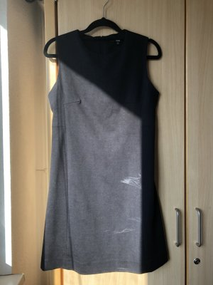 Uniqlo schwarz off shoulde kleid