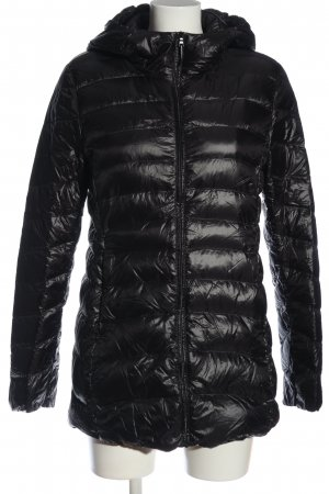 Uniqlo Steppjacke schwarz Steppmuster Casual-Look