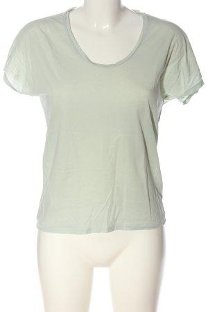Uniqlo T-Shirt Lindgrün Casual-Look
