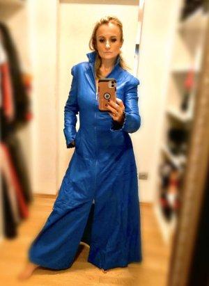 Abrigo de cuero azul acero