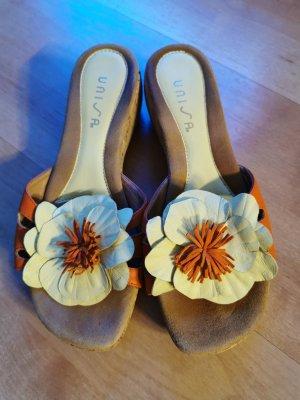 Unisa Sandalo con tacco giallo chiaro-arancione