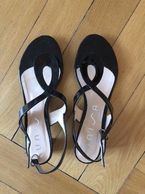Unisa Toe-Post sandals black