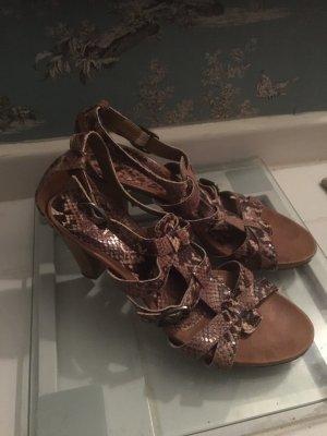 Unisa Sandalen mit Krokomuster