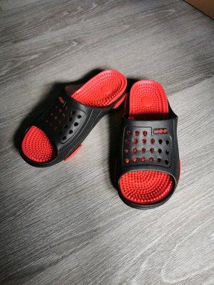 Pantoffels zwart-rood