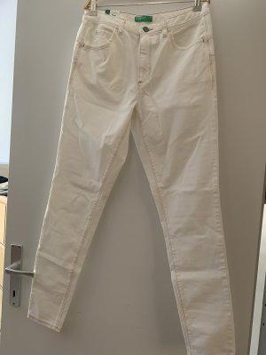 United Color  of Benetton High Waist Leichte Jeans Neu mit Etikett