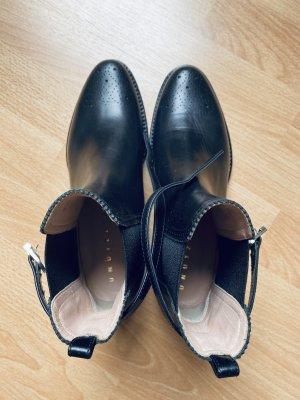 unnützer Desert Boots black