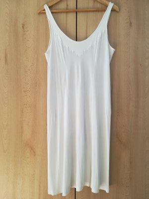 Undergarment white