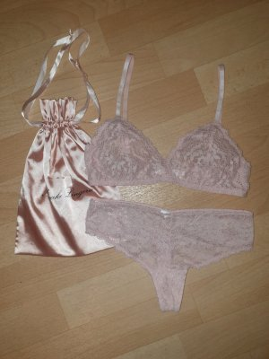 Amazon fashion Set lingerie rosa chiaro