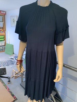 H&M Vestido estilo flounce azul oscuro