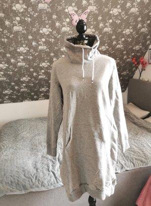 Swetrowa sukienka jasnoszary-szary