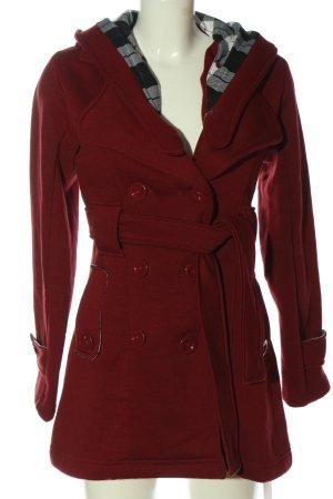 Urban diva Abrigo con capucha rojo look casual