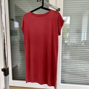 Urban Outfitters Robe d'été rouge clair