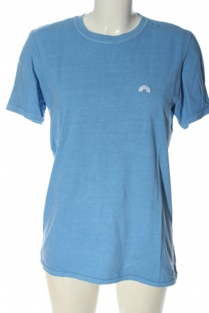 Urban Outfitters T-Shirt blau-weiß Schriftzug gedruckt Casual-Look