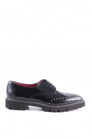 Ursula mascaró Wingtip Shoes black casual look