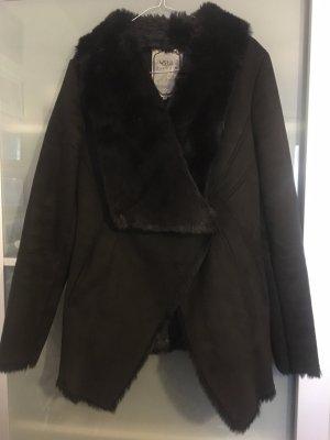 USHA Winterjacke Gr.M schwarz Leder gefüttert großer Kragen