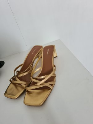 Uterqüe Strapped High-Heeled Sandals gold-colored