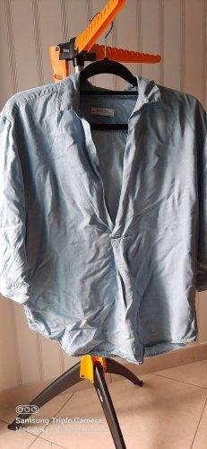 V- Ausschnitt, Hemdbluse
