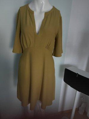 V-Ausschnitt Kleid von Mango Suit Gr 36 S Senf Farbe