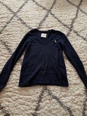 Abercrombie & Fitch Jersey con cuello de pico azul oscuro
