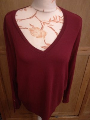 V-Ausschnitt Pullover Shirt rot
