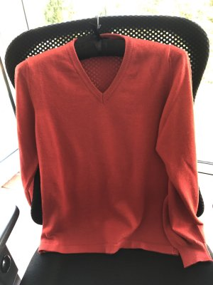 V-Pullover, rot