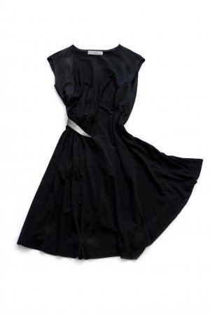 V&R Sommerkleid mit silbernem Gürtel