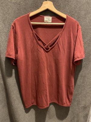 X2 T-shirt col en V bordeau-rouge carmin coton