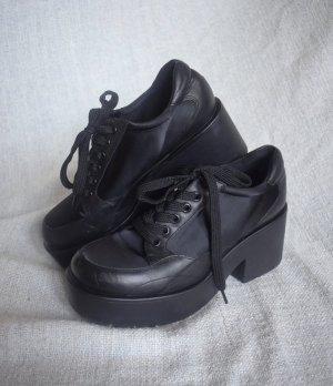 Vagabond Emma Dioon sportliche Absatz Stiefeletten Leder schwarz Plateau 39 zum Schnüren