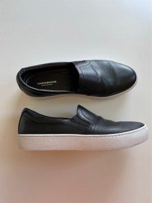 Vagabond Slip-on Shoes black-white