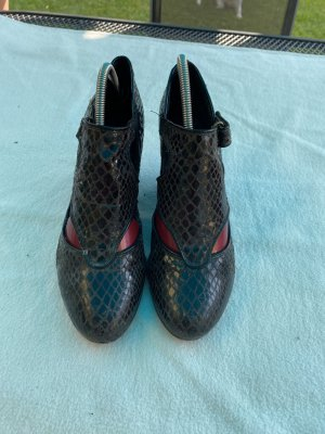 Vagabond Wedge Pumps black leather
